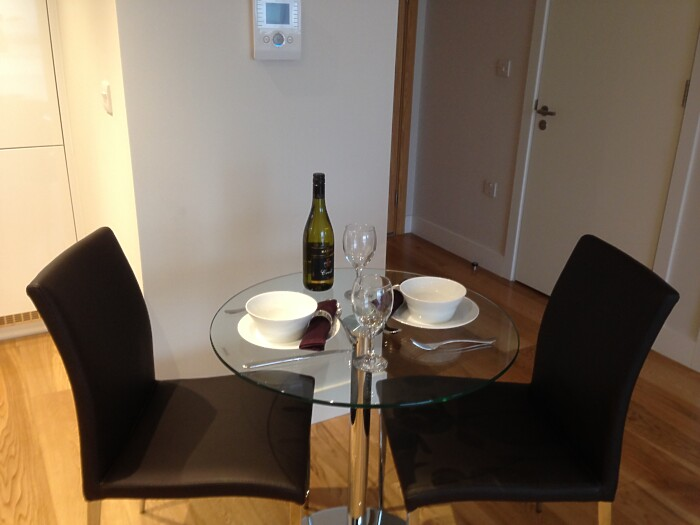 Serviced Lettings - Parkside Apartments - 5