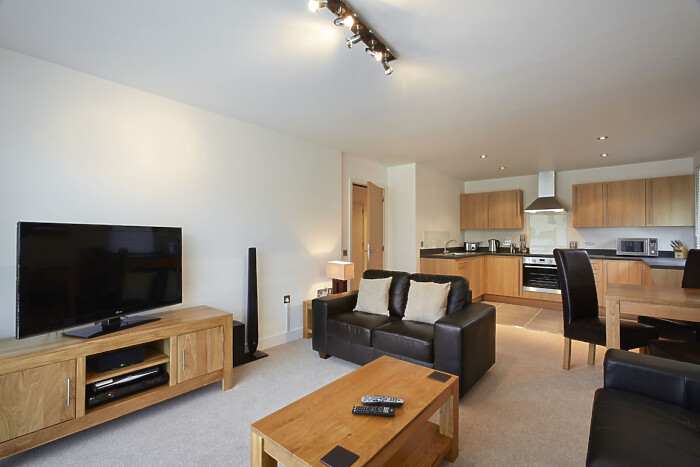 Serviced Lettings - Parkway Apartments - 1