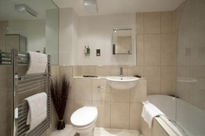 Serviced Lettings - Kelvin Gate Apartments - 4