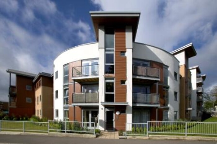 Serviced Lettings - Kelvin Gate Apartments - 5