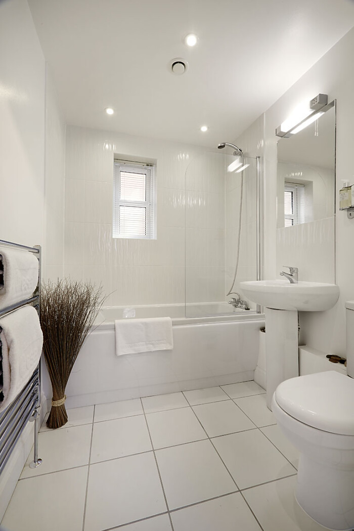 Serviced Lettings - Hendry Court Apartments - 4
