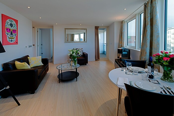 Serviced Lettings - No.1 Apartments - 4