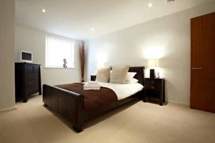 Serviced Lettings - Ocean Village Apartments - 2