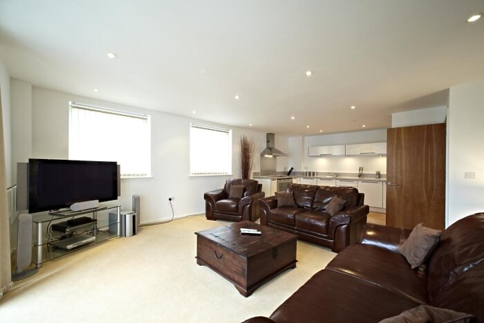 Serviced Lettings - Ocean Village Apartments - 1
