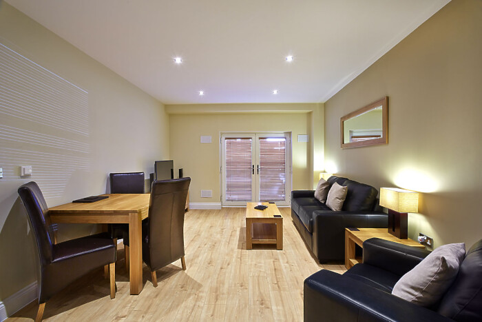 Serviced Lettings - Eighteen East Apartments - 1