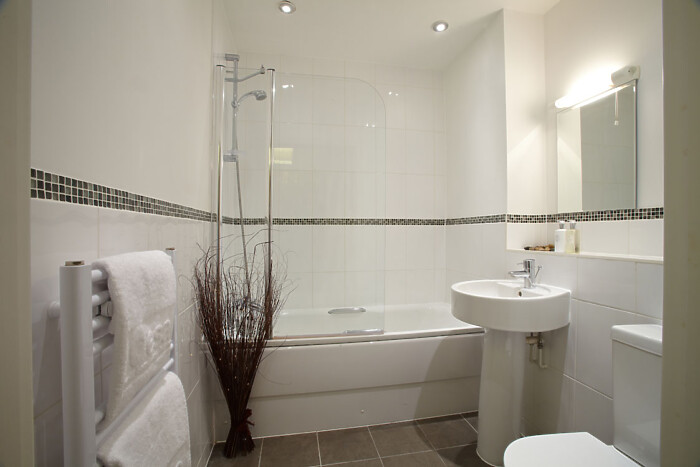 Serviced Lettings - Telephone Apartments - 4