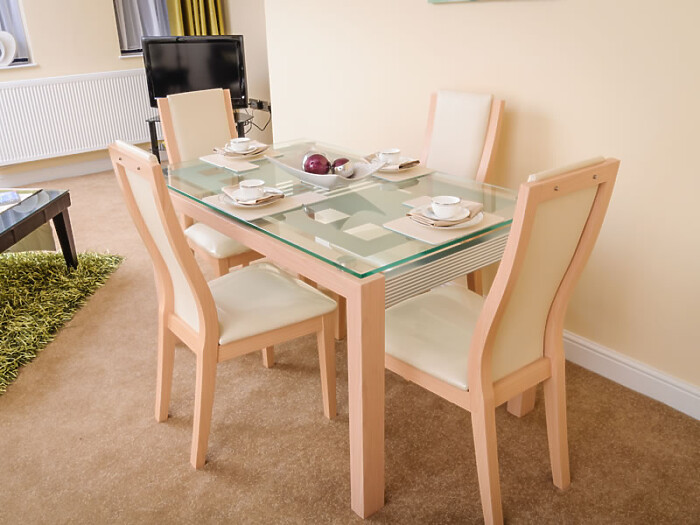 Serviced Lettings - St Helens Apartments - 3