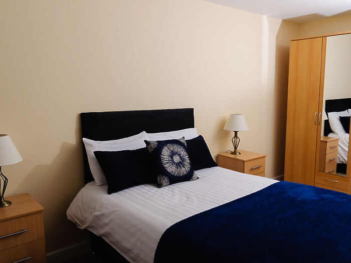 Serviced Lettings - St Helens Apartments - 5