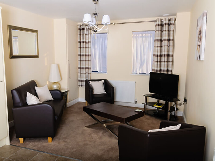 Serviced Lettings - St Helens Apartments - 1