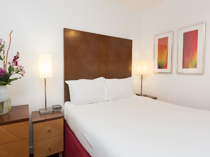 Serviced Lettings - Icon 25 Apartments - 3