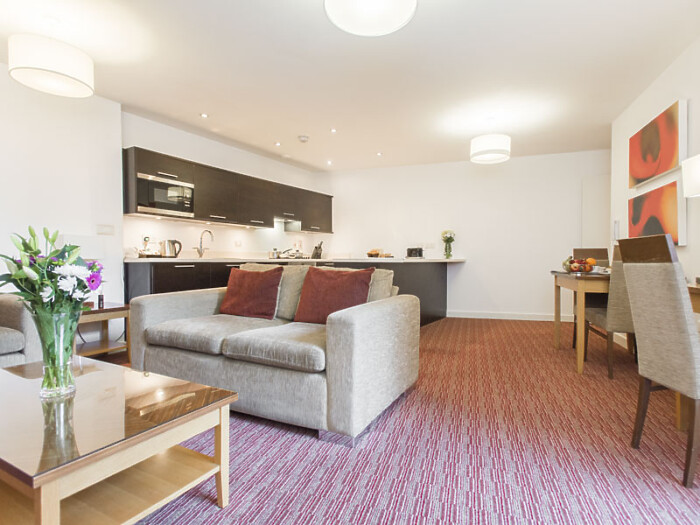 Serviced Lettings - Icon 25 Apartments - 5