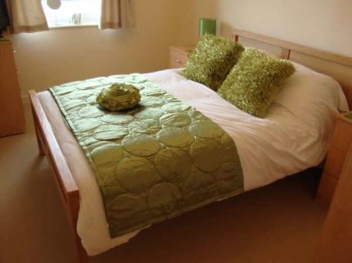 Serviced Lettings - Canal Apartments - 3
