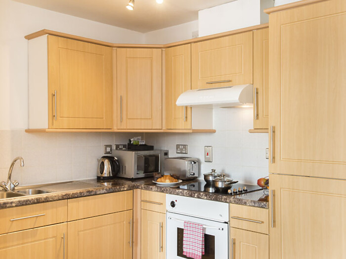 Serviced Lettings - Dean House Apartments - 5