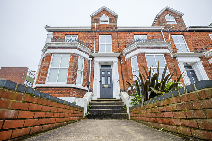Serviced Lettings - Golden Triangle Apartments - 1