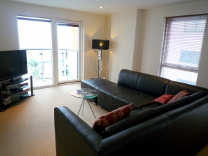 Serviced Lettings - Marina Tower Apartments - 3