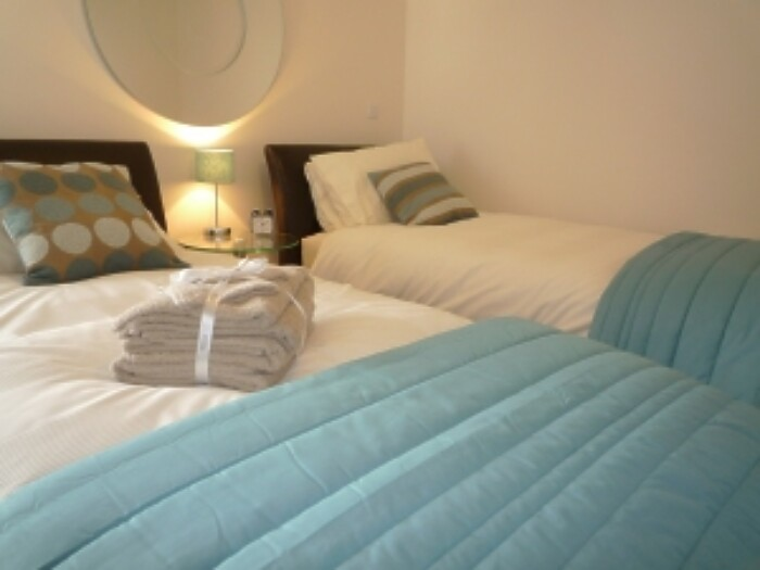 Serviced Lettings - Marina Tower Apartments - 5