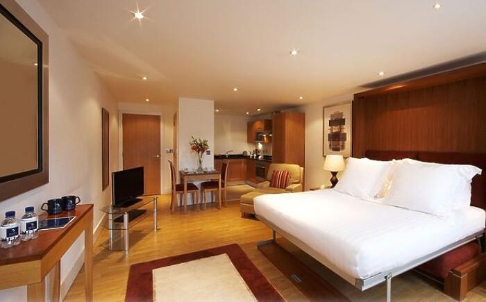 Serviced Lettings - Aldgate Apartments - 1