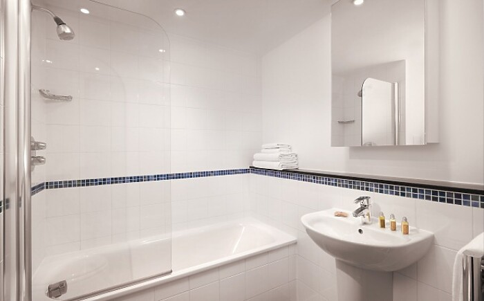 Serviced Lettings - Aldgate Apartments - 3