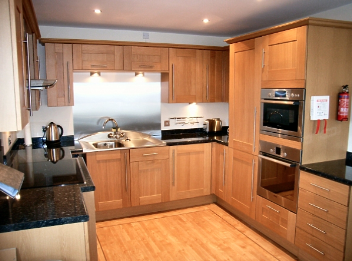 Serviced Lettings - Cardiff Ocean Apartments - 4