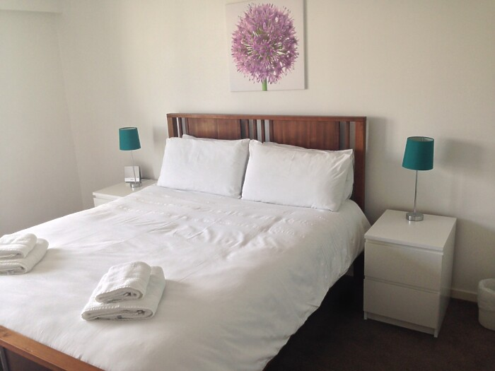 Serviced Lettings - Glasgow Cross Apartments - 4