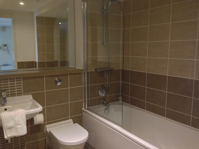Serviced Lettings - Glasgow Cross Apartments - 5