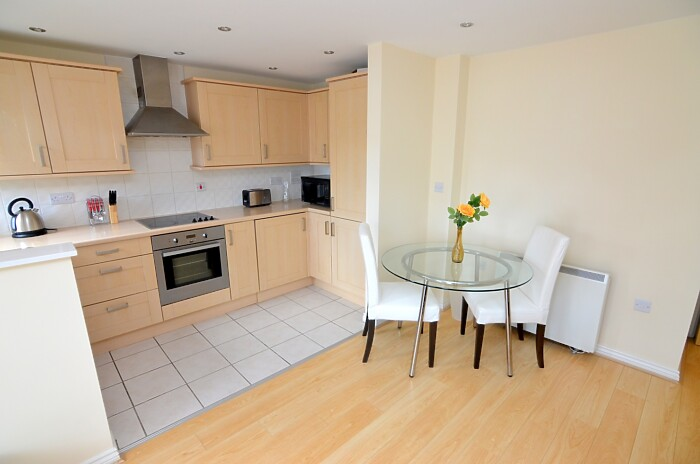 Serviced Lettings - Primrose Apartments - 1
