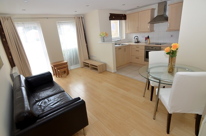 Serviced Lettings - Primrose Apartments - 2