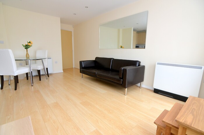 Serviced Lettings - Primrose Apartments - 5