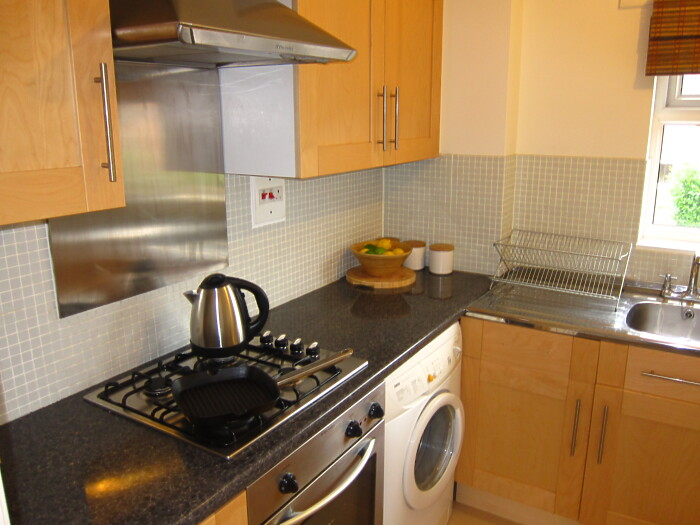 Serviced Lettings - Gladstone Apartments - 4