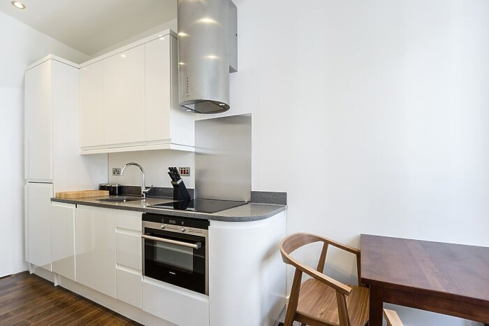Serviced Lettings - Ludgate Square Studios - 3