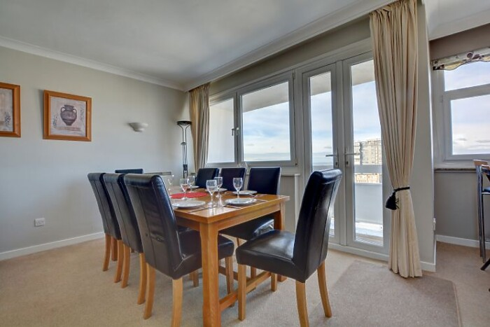 Serviced Lettings - The Sunset Apartment - 1