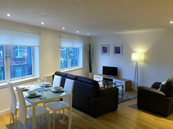 Serviced Lettings - High Street Apartments - 5