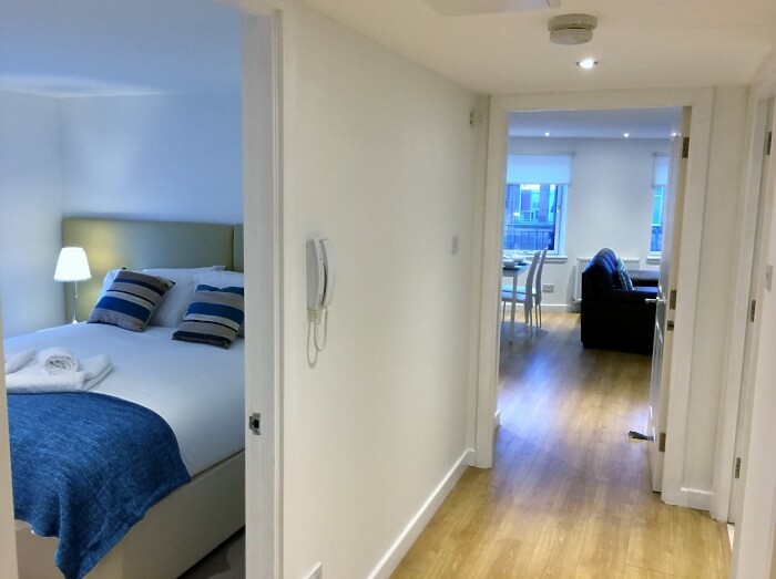 Serviced Lettings - High Street Apartments - 6
