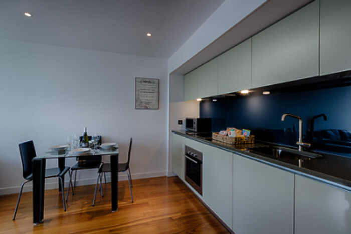 Serviced Lettings - Crucible Apartments - 4