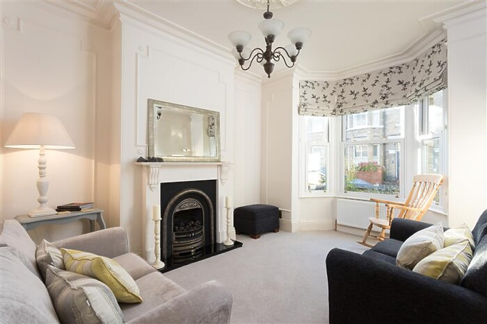 Serviced Lettings - Claremont Terrace - 2