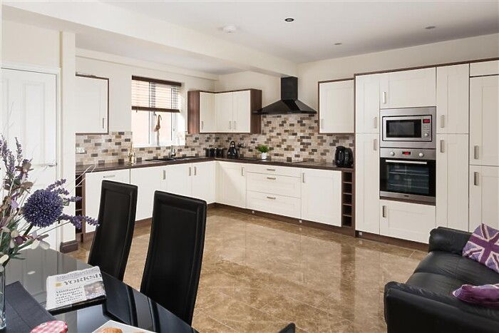 Serviced Lettings - The Light Well - 1