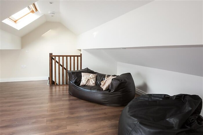 Serviced Lettings - The Light Well - 4