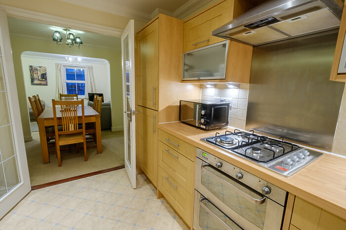 Serviced Lettings - City Centre Townhouse - 5