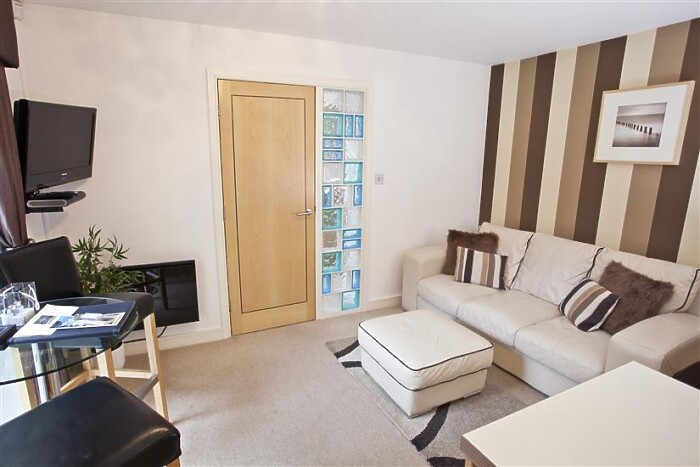 Serviced Lettings - York Terrace - 5