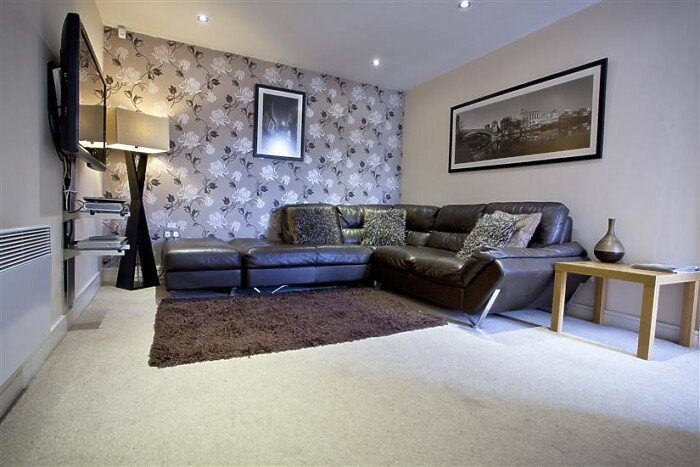 Serviced Lettings - York Terrace - 3