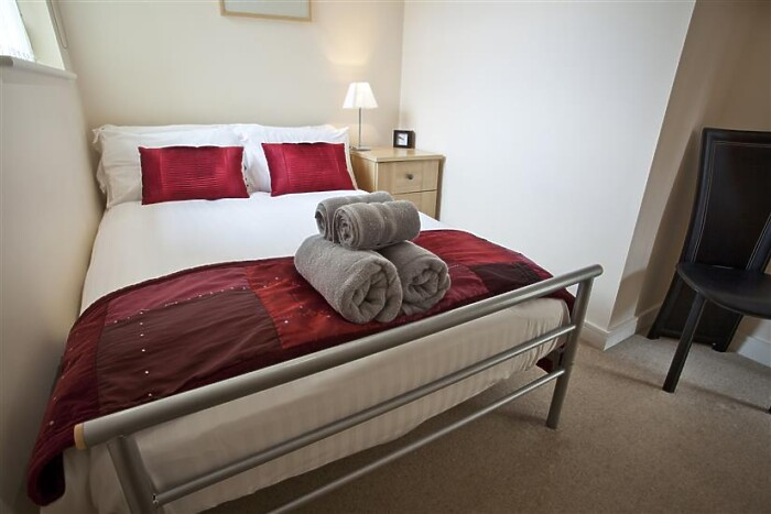 Serviced Lettings - York Terrace - 6
