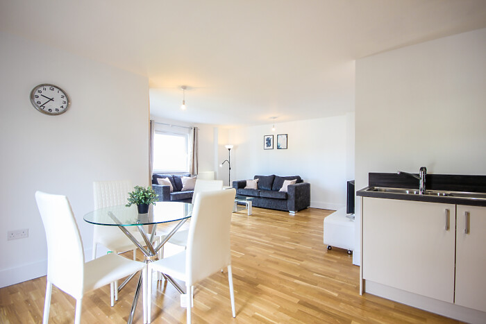 Serviced Lettings - The Bridge Apartments - 3