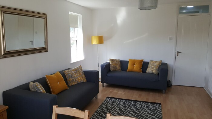 Serviced Lettings - Penarth Apartment - 5