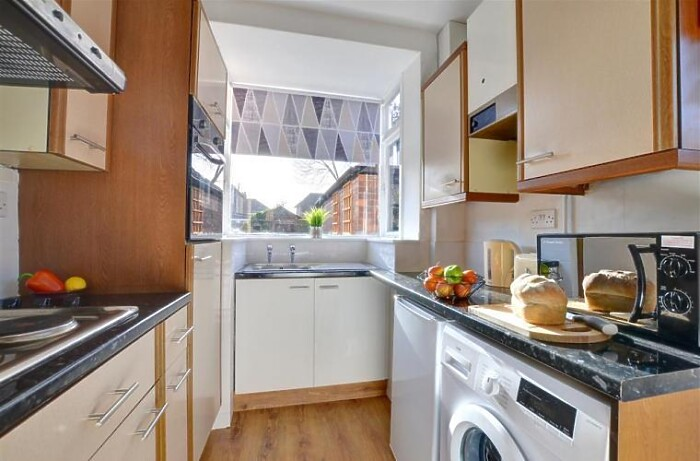 Serviced Lettings - Heworth House - 4