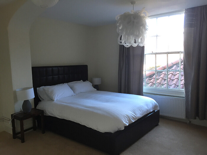 Serviced Lettings - Gallery Apartments - 3