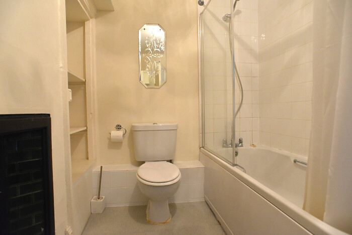 Serviced Lettings - Gallery Apartments - 5