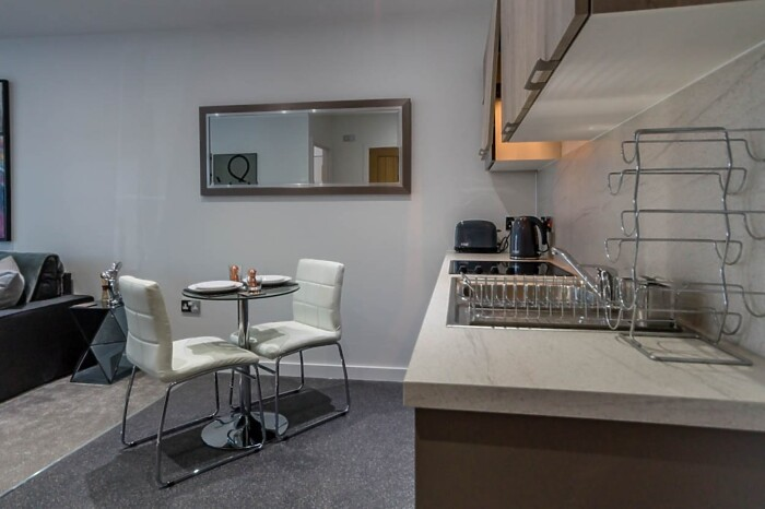 Serviced Lettings - Foss Apartments - 4
