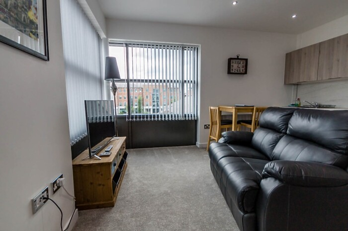 Serviced Lettings - Foss Studio Apartments - 3