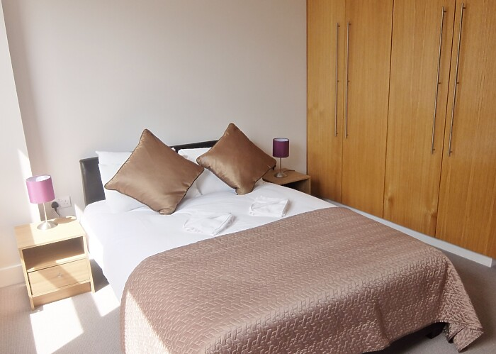 Serviced Lettings - Fraser Apartments - 5