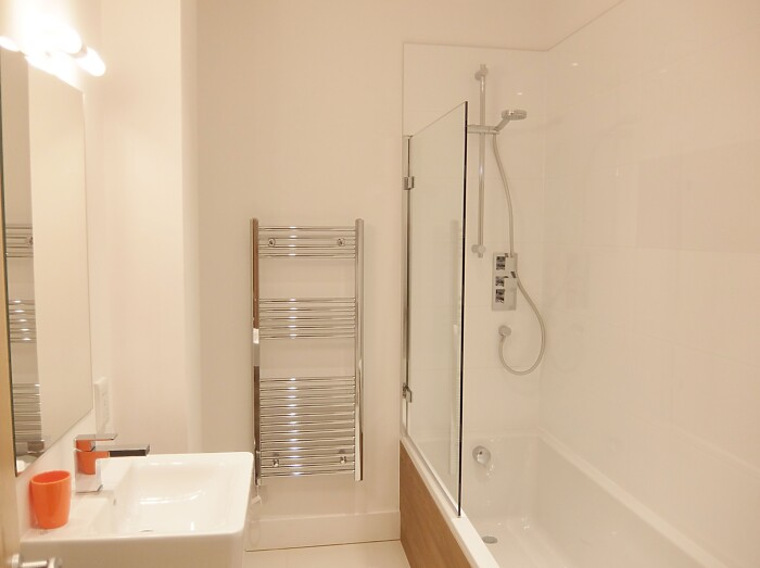 Serviced Lettings - Fraser Apartments - 6